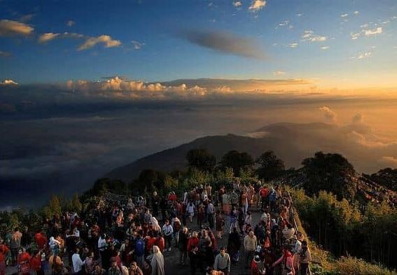 darjeeling tour tiger hill