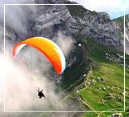 himachal tour packages paragliding